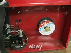 Lincoln Electric Weld-Pak 100 MIG Welder w Gun, Clap, Spool, Extra Tips 115V