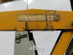 Miller 452 Deltaweld 450A Welder WithS75DX Wire Feeder & Bernard MiG Gun Tela-Boom