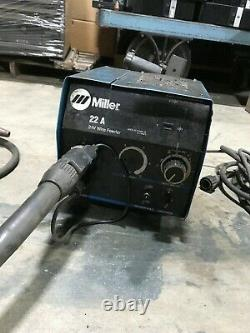 Miller Electric Model 22A 24V Welding Wire Feeder Welder With Tweco Mig-Gun