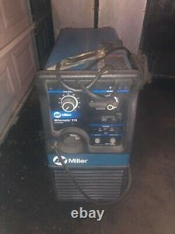 Miller Millermatic 210 DC Welding Wire Feeder Welder Mig and Flux with Gun