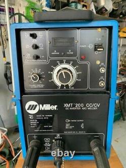 Miller XMT 200 CC/CV DC INVERTER WELDER /w spoolmatic 30A weld gun & controller