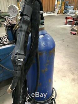 Millermatic 350P Aluminum MIG Welder 25-ft XR-Aluma-Pro Gun (951452)